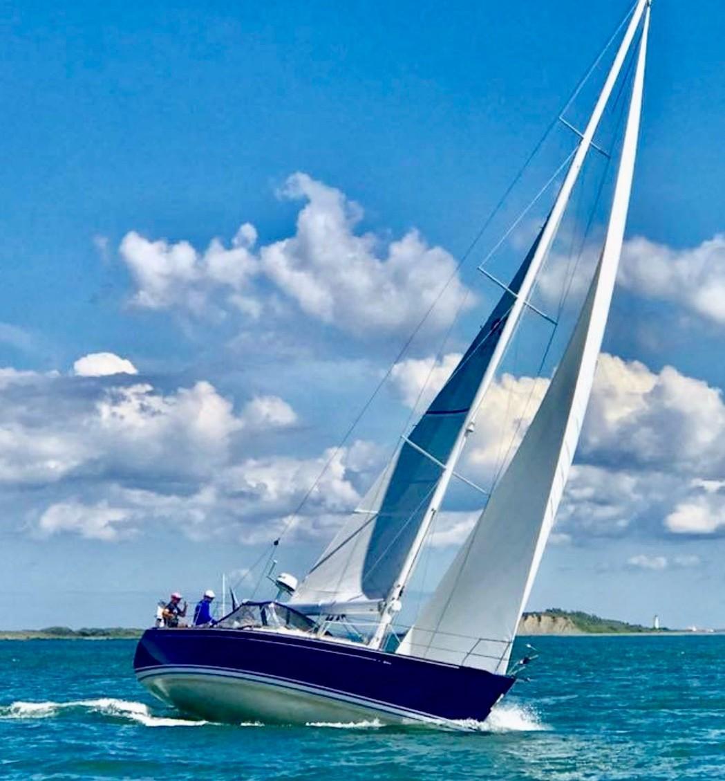 40 ft C&C 121 Under Sail