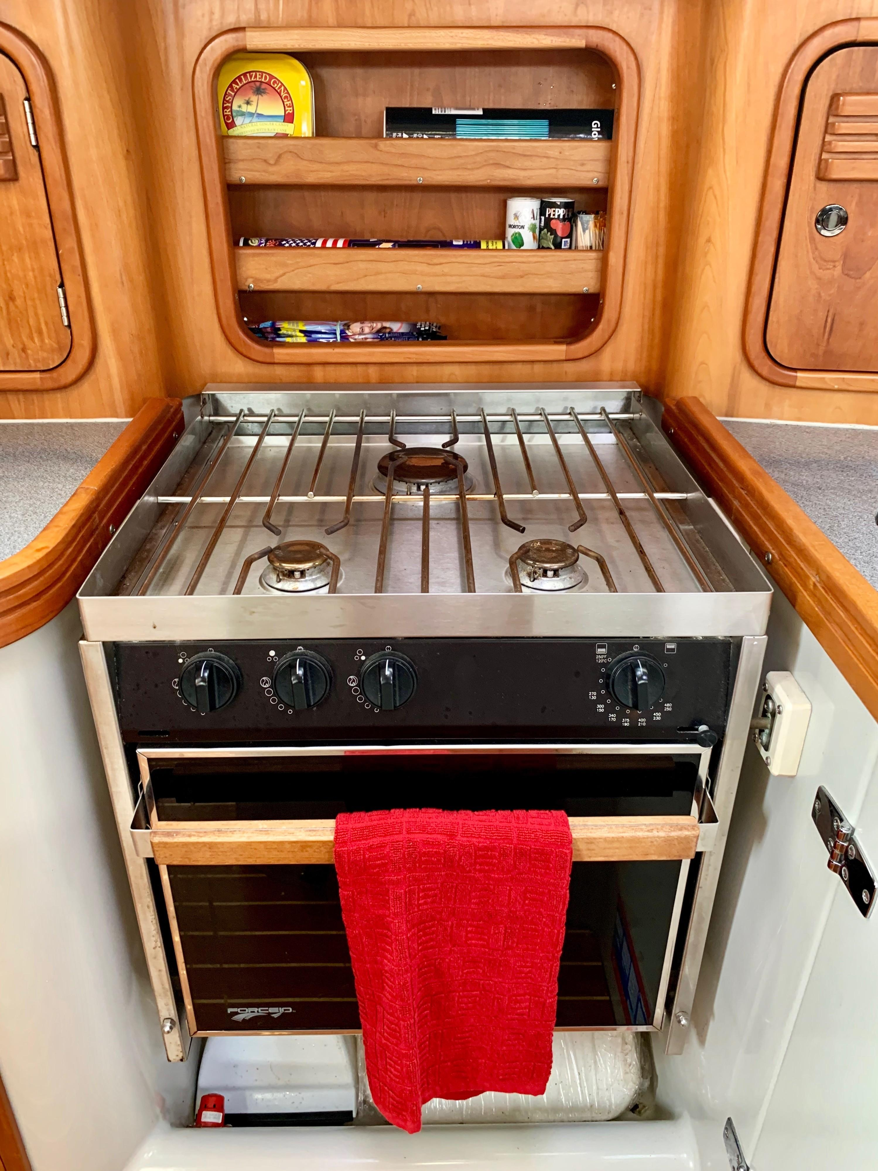 40 ft C&C 121 Galley Stove