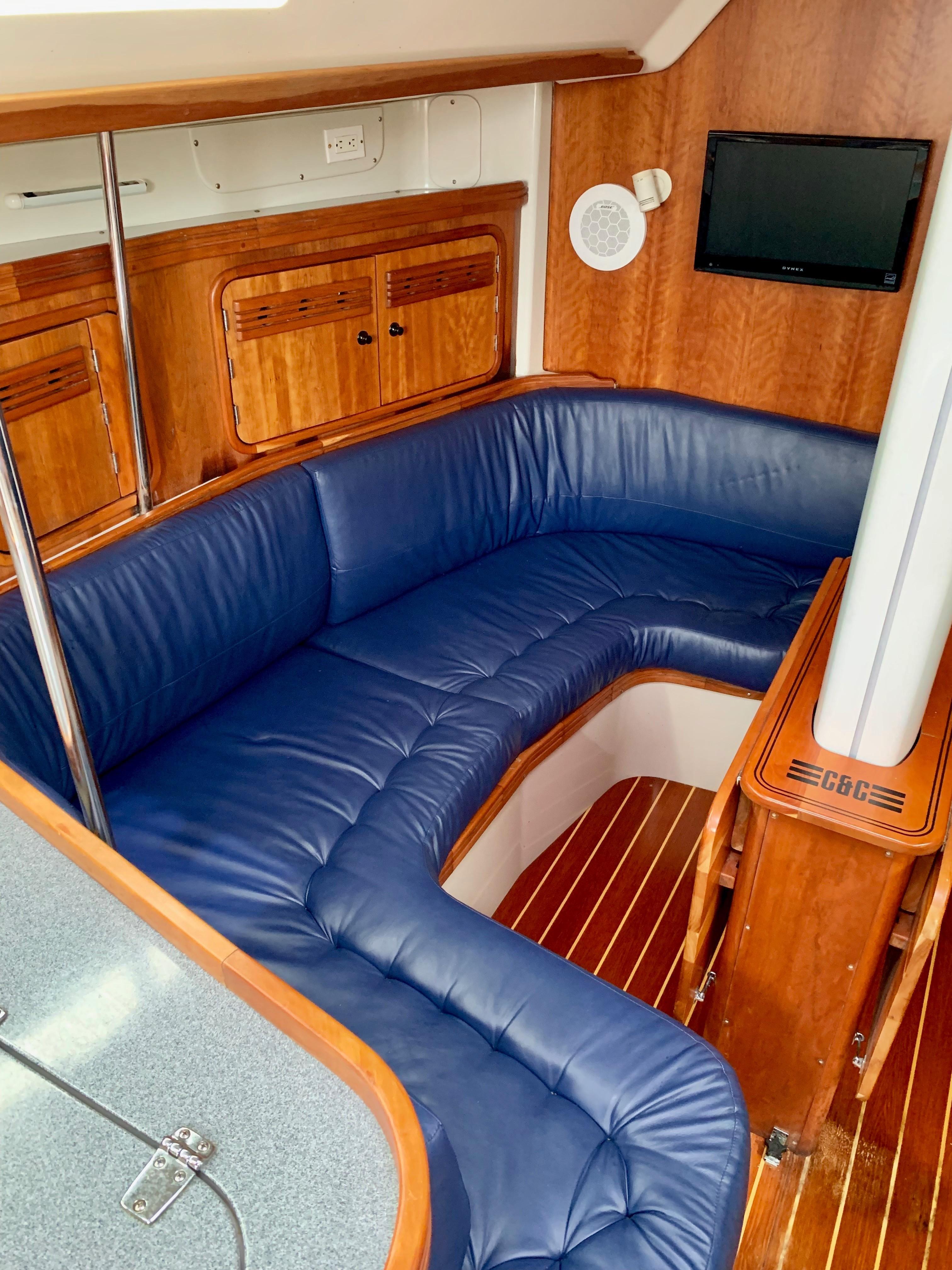 40 ft C&C 121 Salon Port Settee