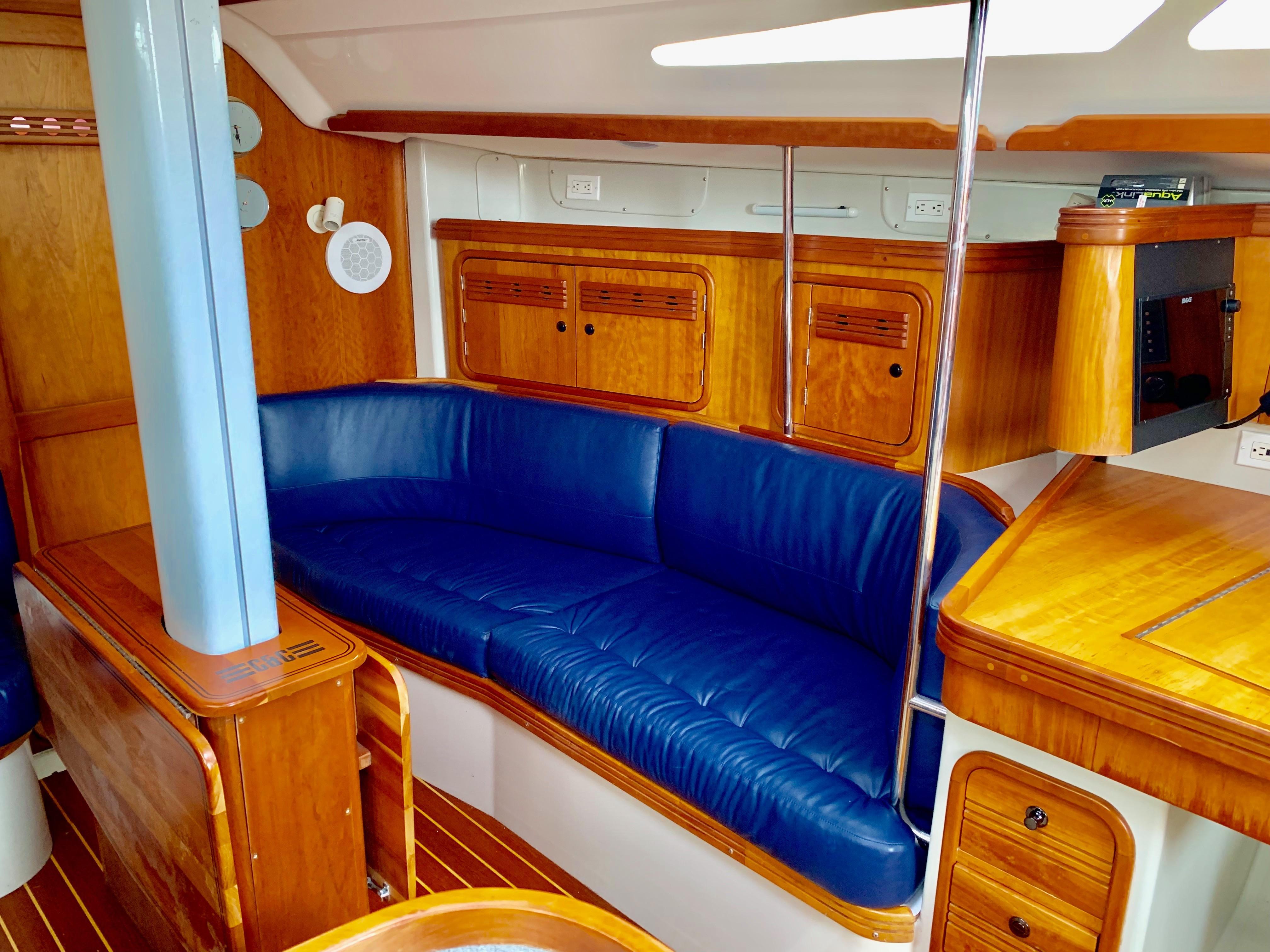 40 ft C&C 121 Salon Starboard Settee