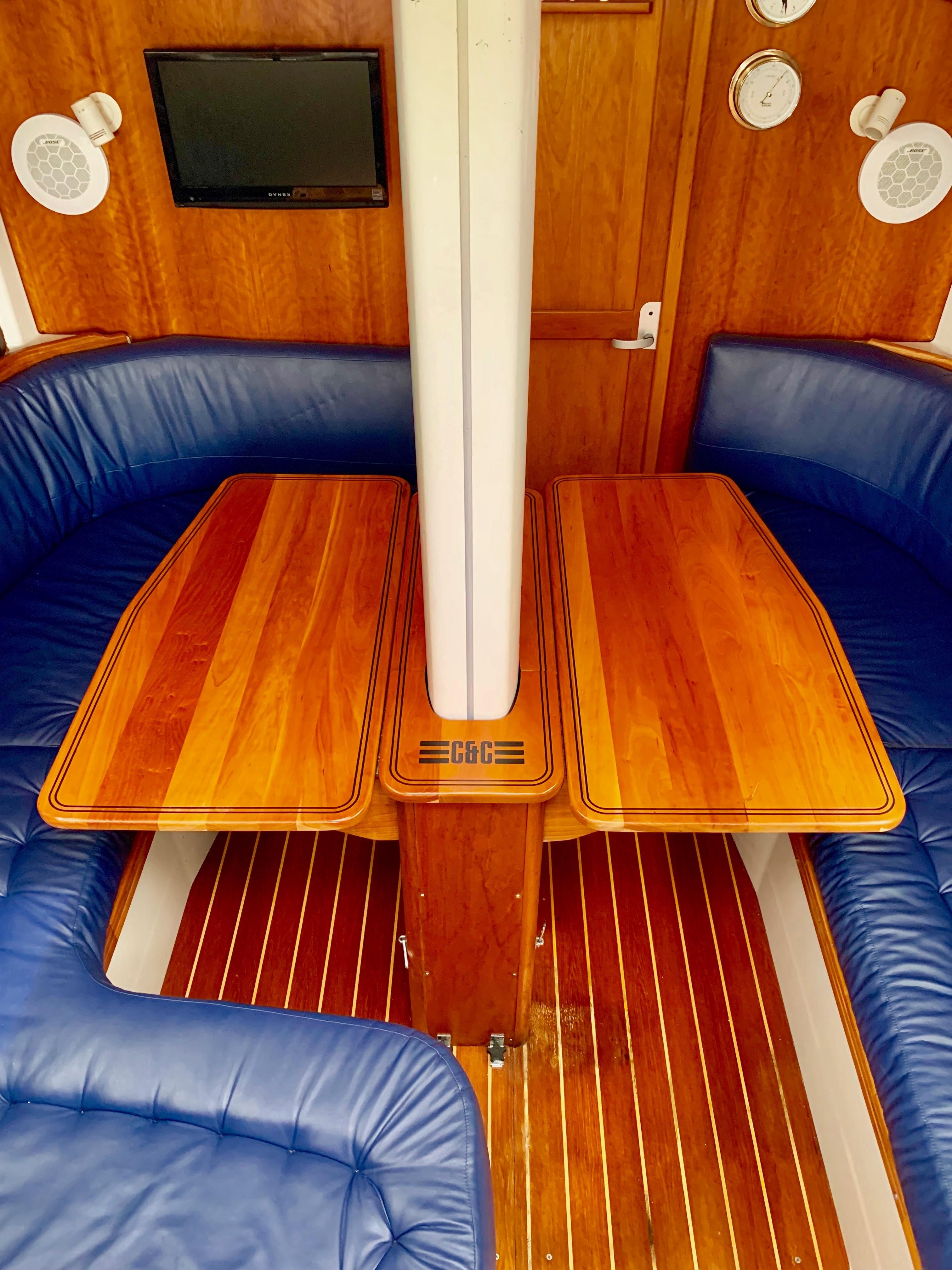40 ft C&C 121 Salon Table