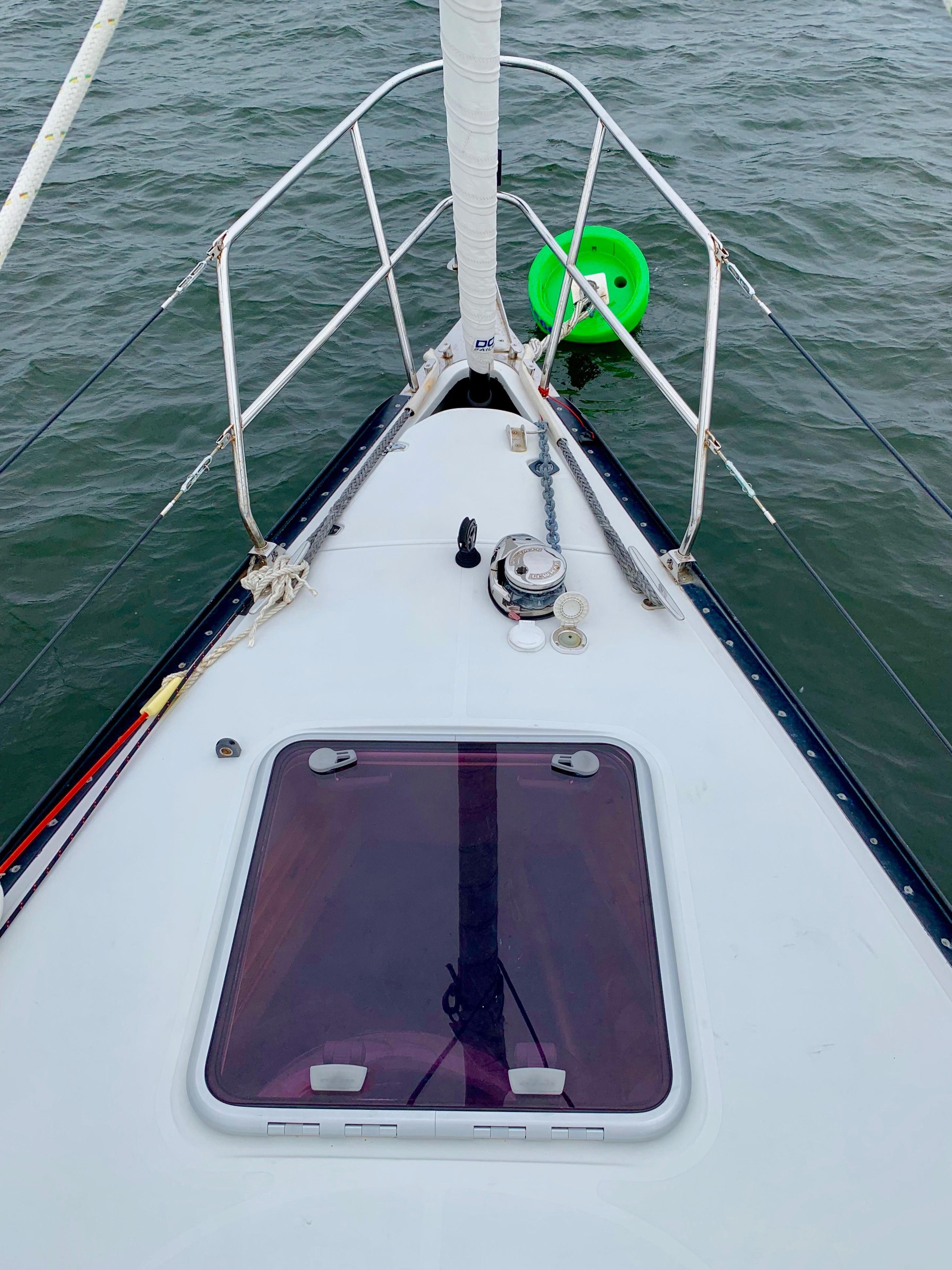 40 ft C&C 121 Bow