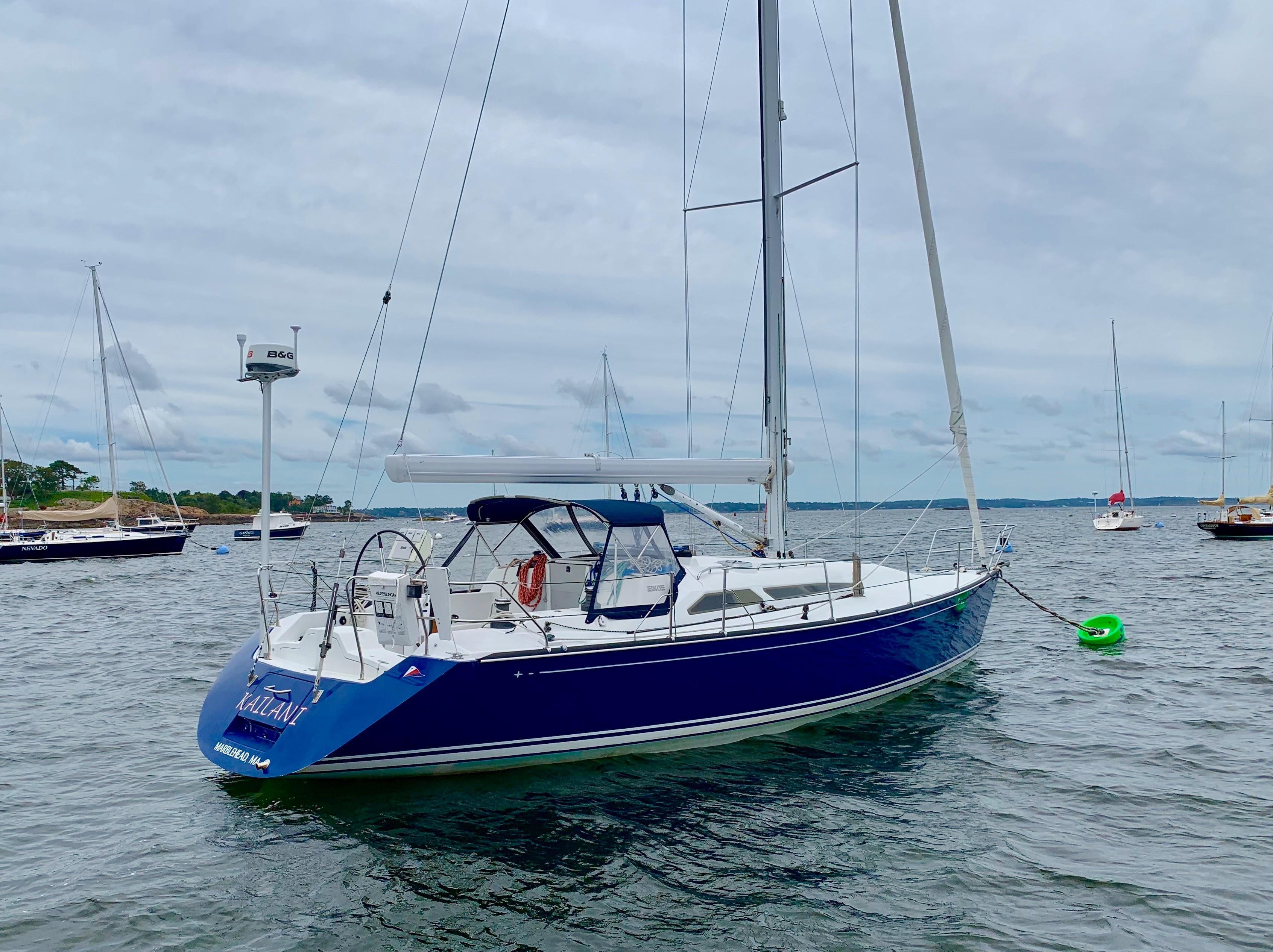 40 ft C&C 121 Starboard Aft Quarter