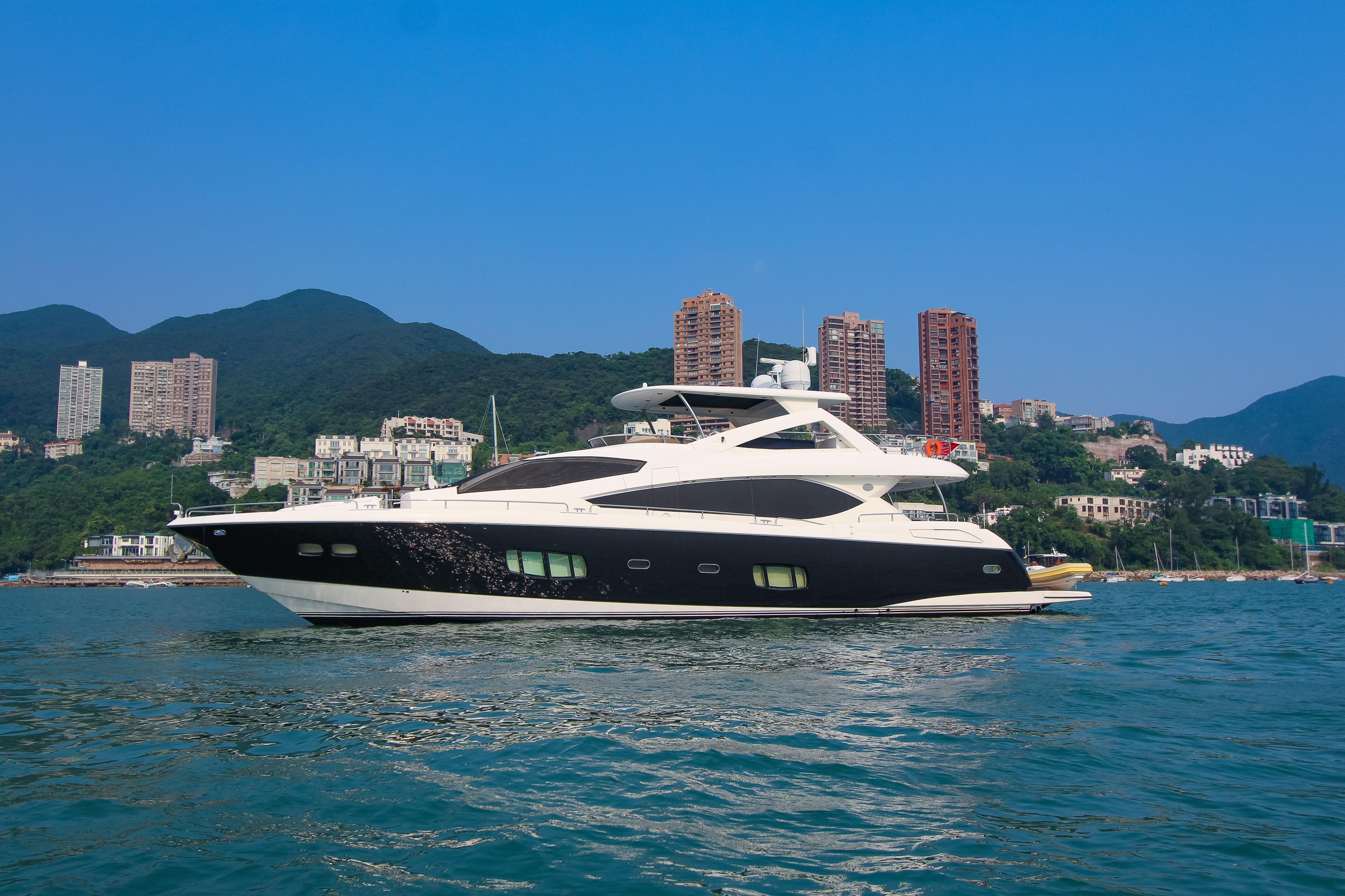 88.1 ft Sunseeker 88 Yacht