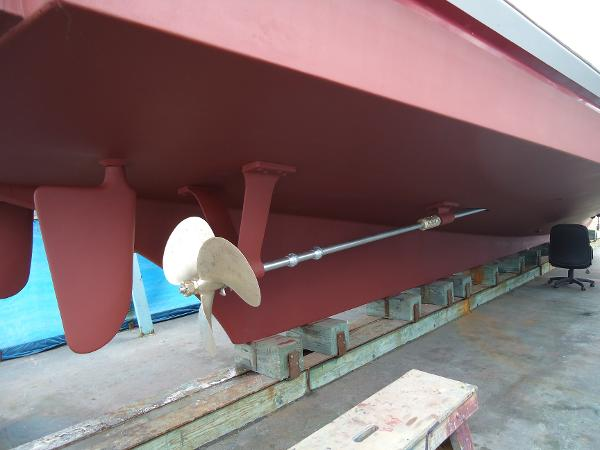 Shaft rudder and keel