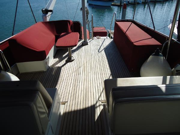 Flybridge deck behind helm