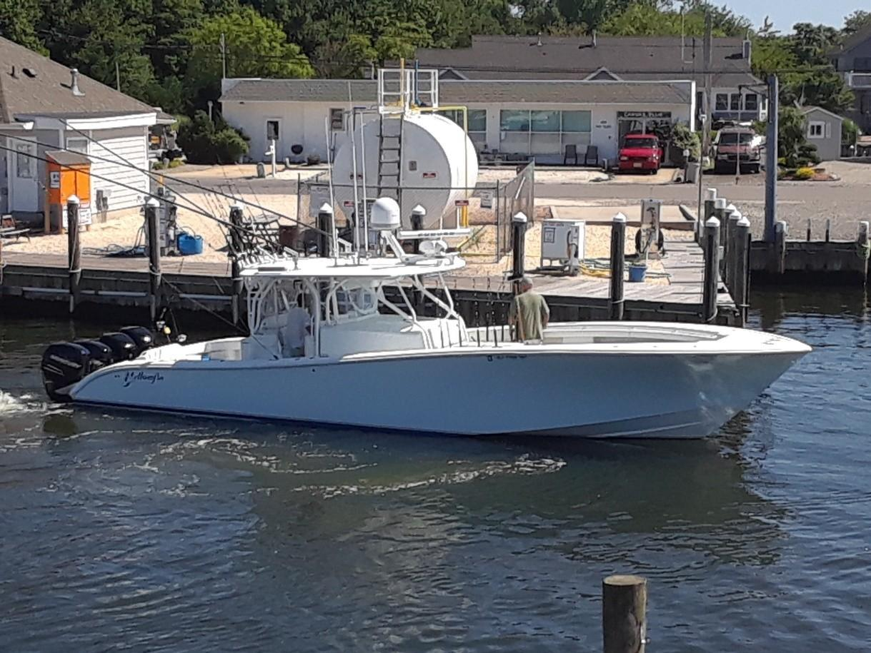 42' Yellowfin 2008
