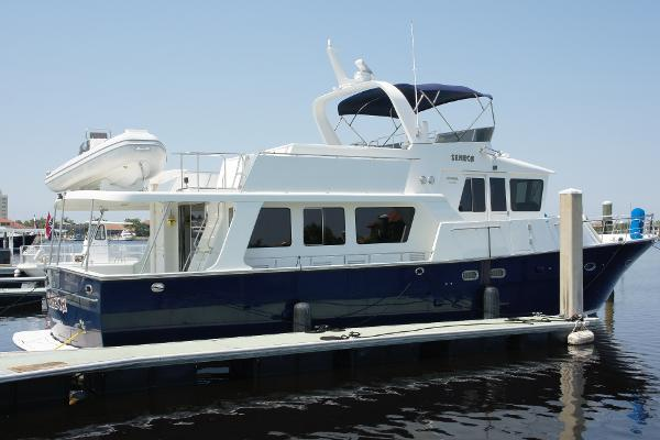2004 57 39 jefferson pilothouse yacht for sale the hull for Jefferson motor yacht for sale