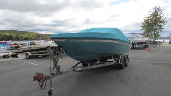 1988 CHRIS CRAFT 225 LIMITED CLOSED DECK for sale