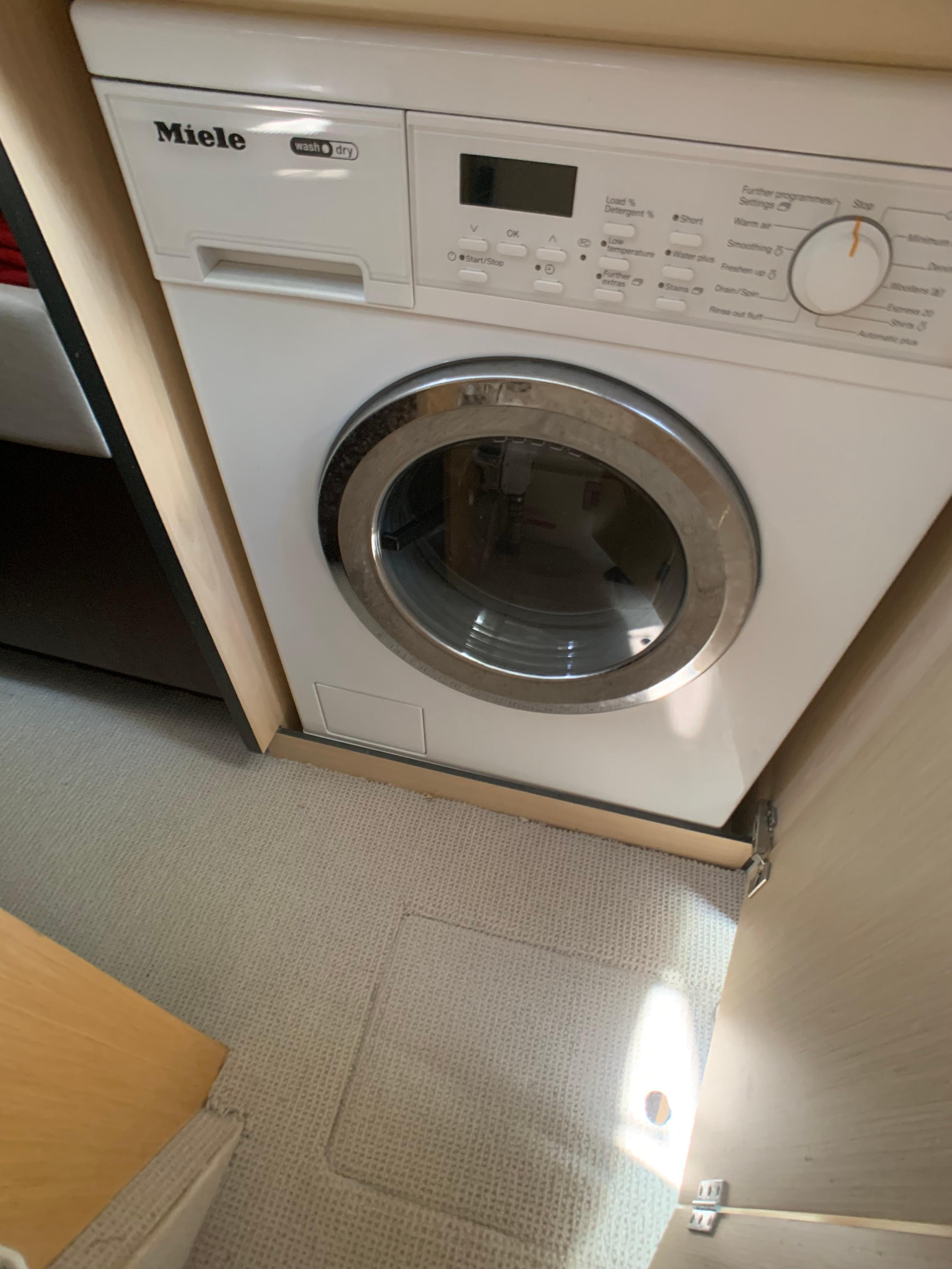Manhattan 65 - Washer/Dryer