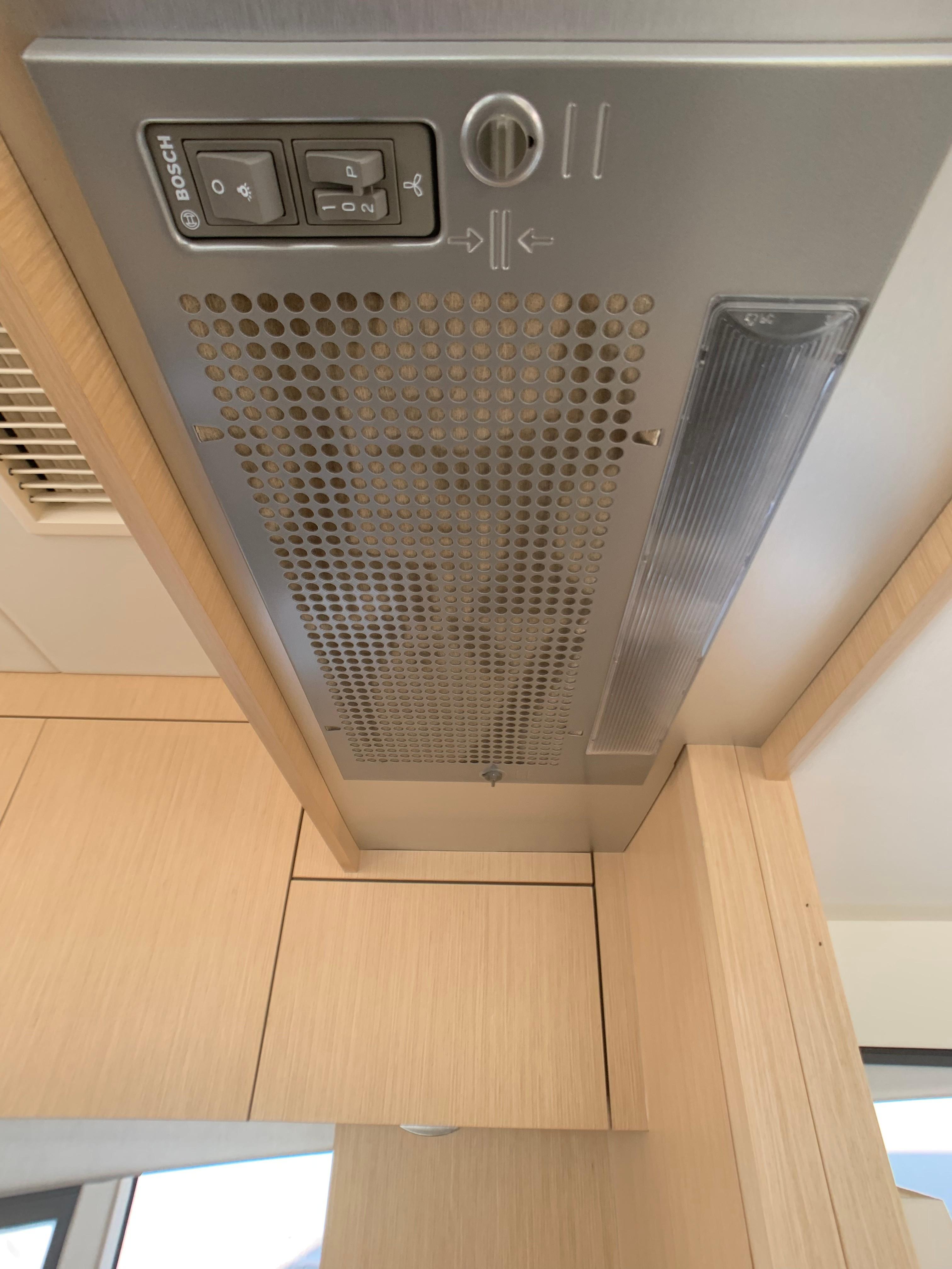 Manhattan 65 - Galley Extractor Fan