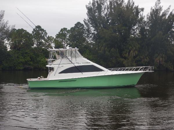 1999 56' Ocean Yachts Super Sport