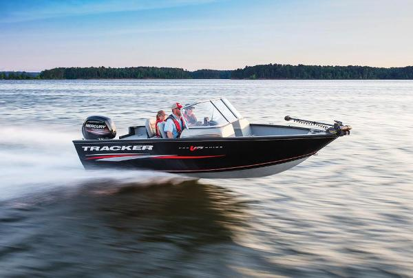 2017 Tracker Boats boat for sale, model of the boat is Pro Guide V-175 WT & Image # 4 of 40