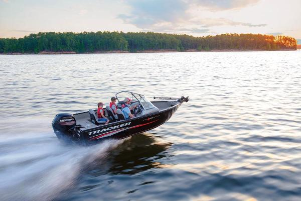 2017 Tracker Boats boat for sale, model of the boat is Pro Guide V-175 WT & Image # 5 of 40