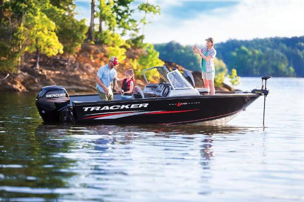 2017 Tracker Boats boat for sale, model of the boat is Pro Guide V-175 WT & Image # 6 of 40