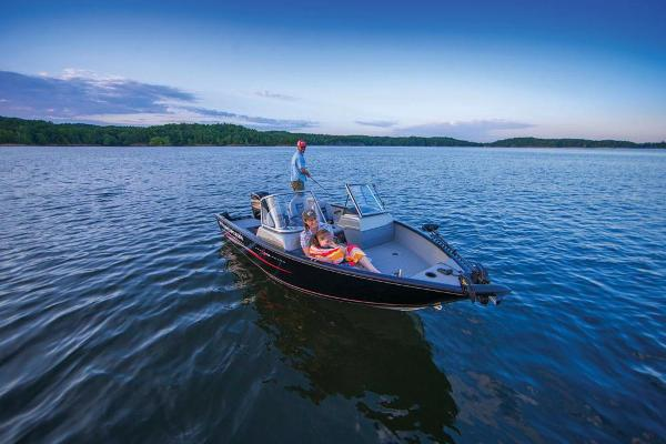 2017 Tracker Boats boat for sale, model of the boat is Pro Guide V-175 WT & Image # 8 of 40