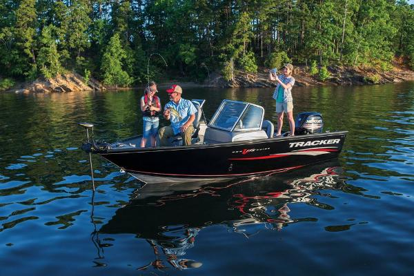 2017 Tracker Boats boat for sale, model of the boat is Pro Guide V-175 WT & Image # 10 of 40