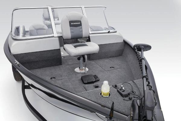 2017 Tracker Boats boat for sale, model of the boat is Pro Guide V-175 WT & Image # 13 of 40