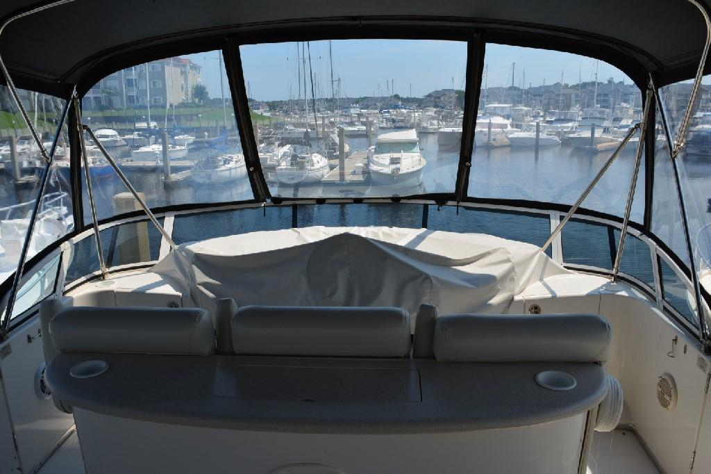 Silverton 43 Motor Yacht - Bridge View