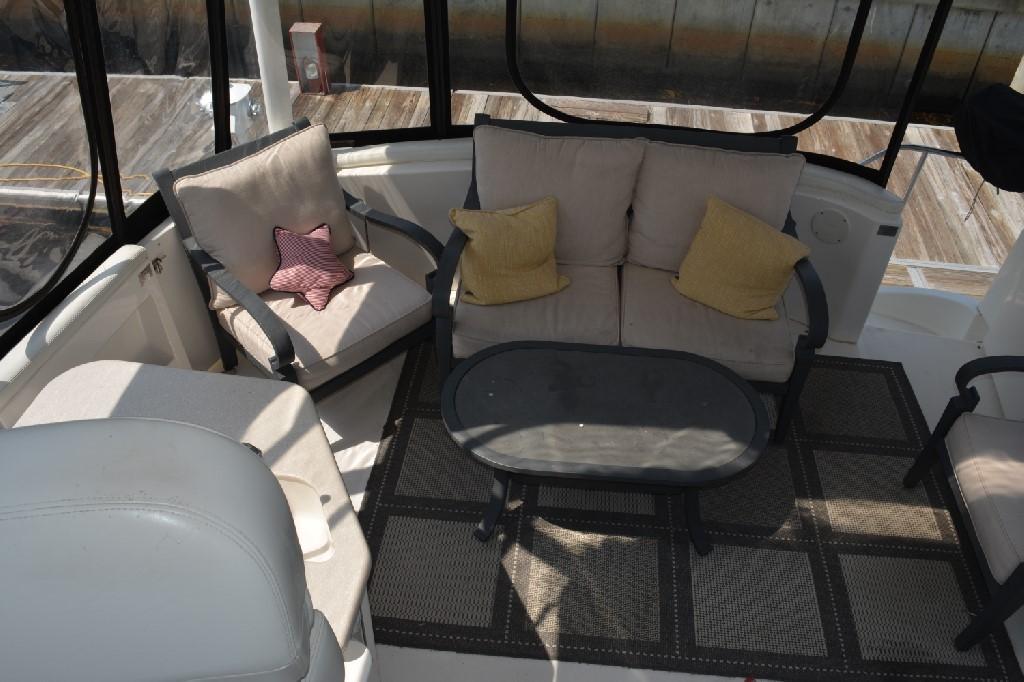 Silverton 43 Motor Yacht - Aft Deck