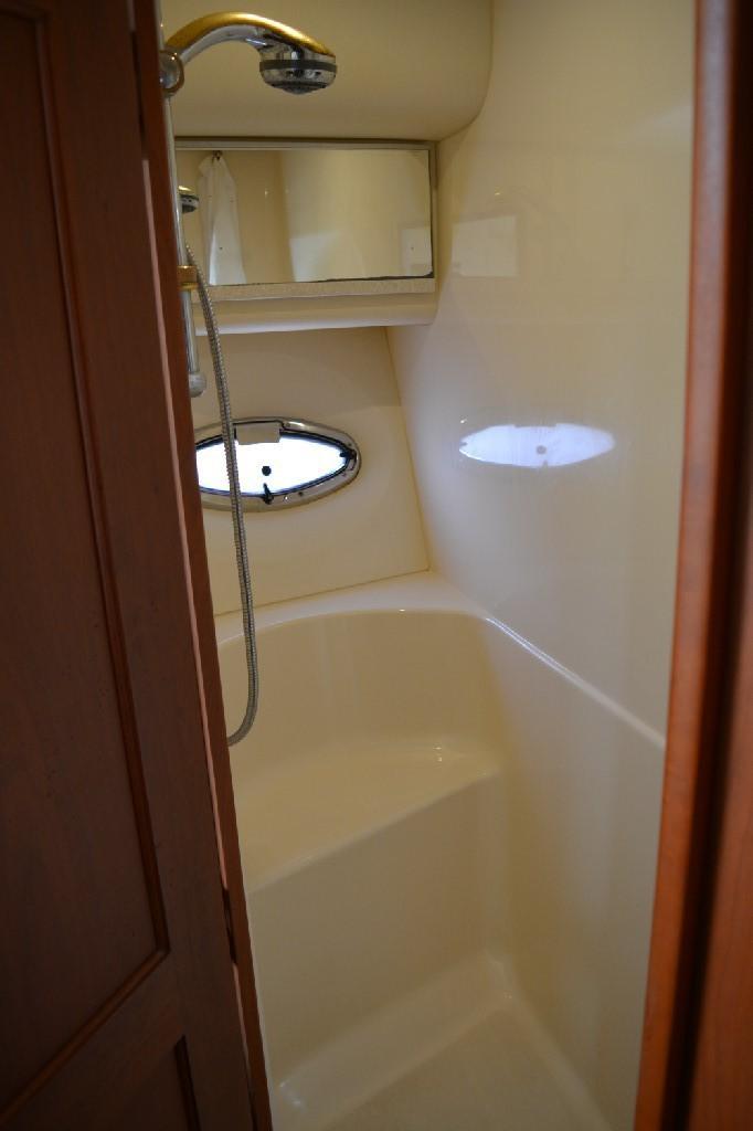 Silverton 43 Motor Yacht - Forward Shower Closet