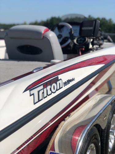 2007 TRITON 21 X2 for sale