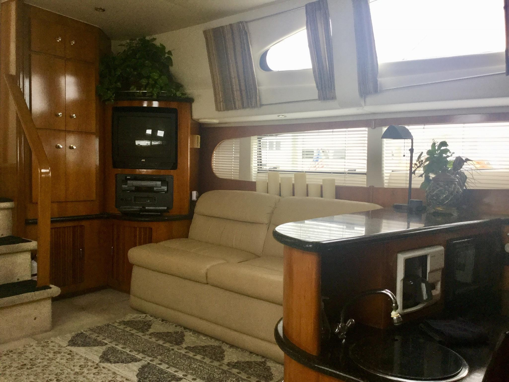 Carver 396 Aft Cabin MY - Salon looking aft to port