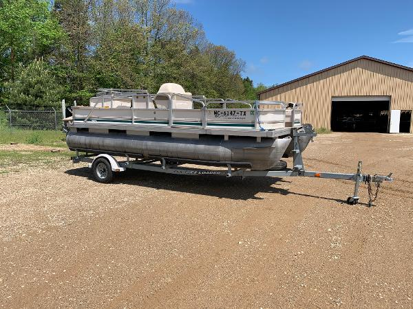 1998 SWEETWATER CHALLENGER 180 FC for sale