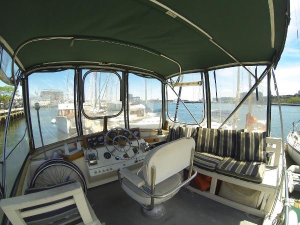 Egg Harbor 33 Sedan BoatsalesListing New England