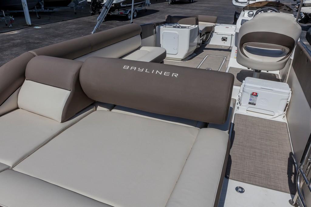BaylinerElement XR7
