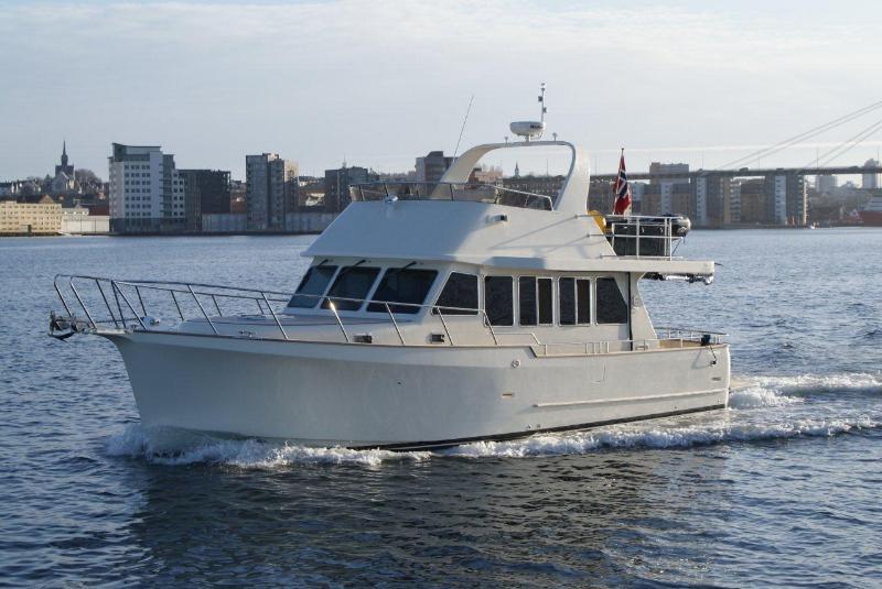 Explorer Motor Yachts 46