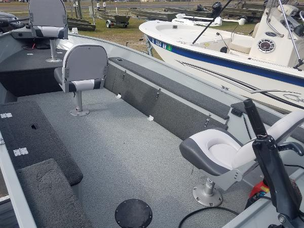 2016 Starcraft boat for sale, model of the boat is Pro Troller 168 & Image # 2 of 9