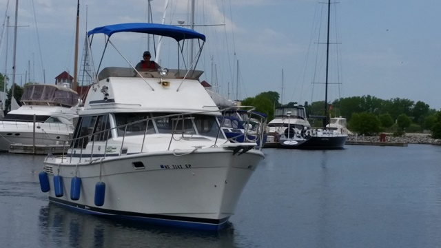 1988 Bayliner 3218MY