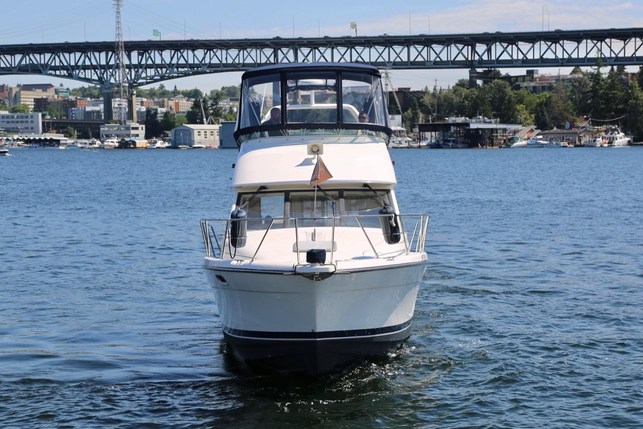 1999 Bayliner 3388 Command Bridge Motoryacht