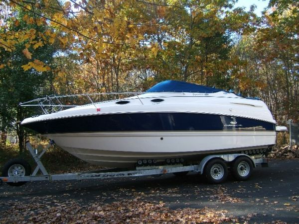 24' Chaparral 240 SIGNATURE