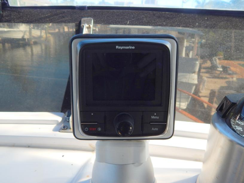 Raymarine Autopilot