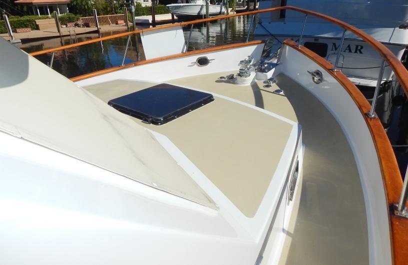 Bow Deck Forward