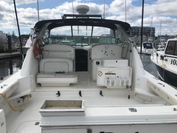 1997 Sea Ray boat for sale, model of the boat is 33' EXPRESS CRUISER & Image # 5 of 31