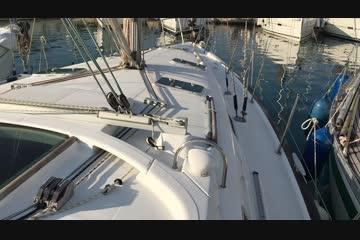 Beneteau Oceanis 411 video