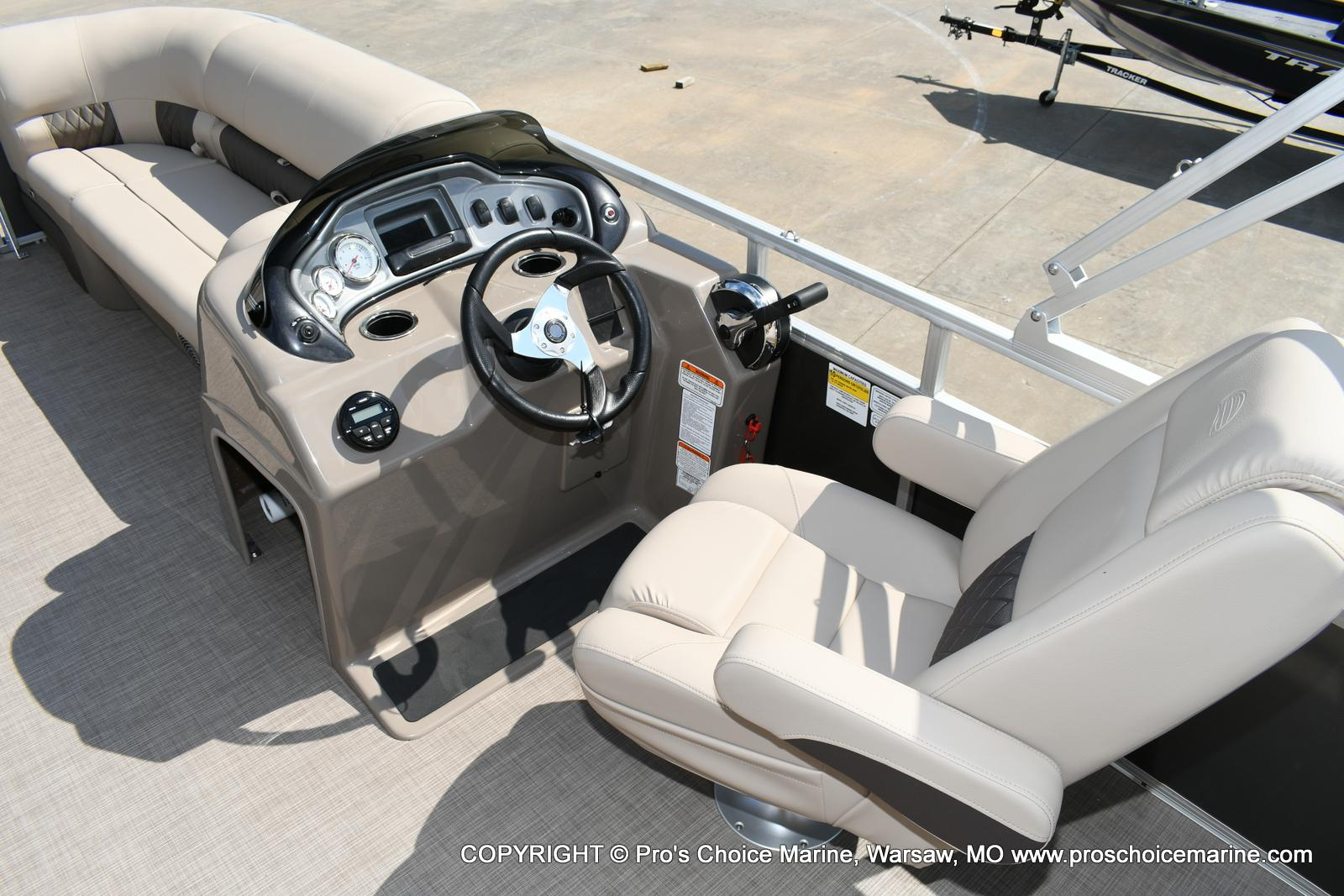 2020 Sun Tracker boat for sale, model of the boat is Party Barge 20 DLX & Image # 35 of 50