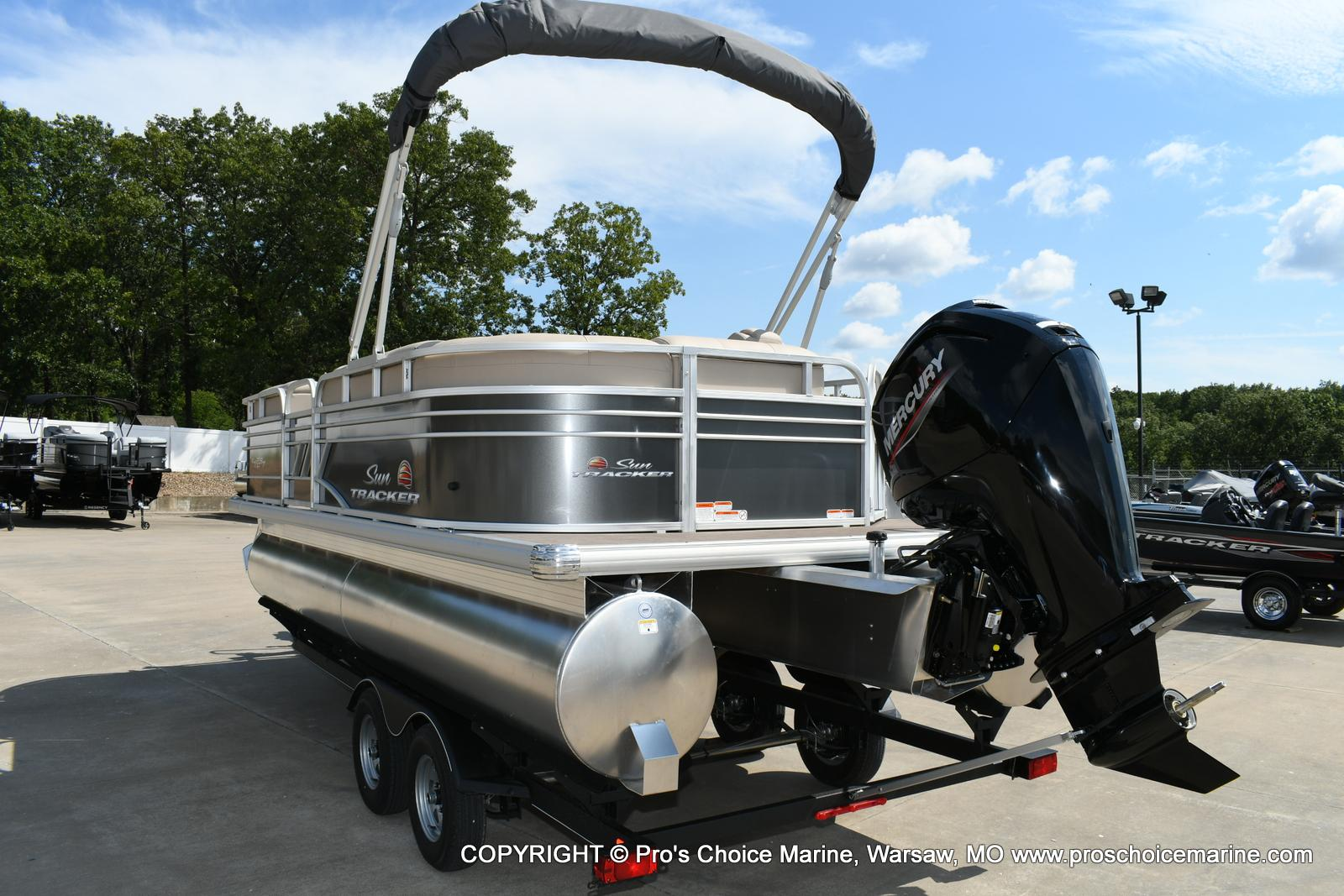 2020 Sun Tracker boat for sale, model of the boat is Party Barge 20 DLX & Image # 49 of 50