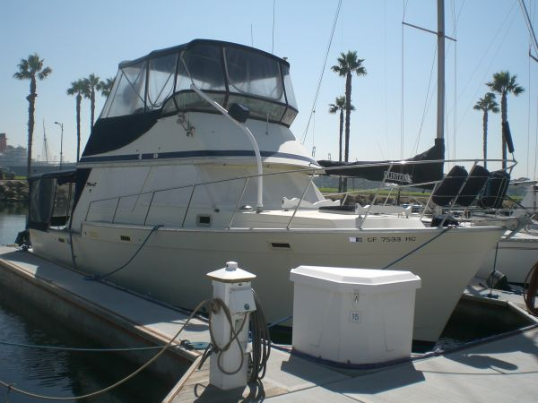 Tollycraft Sedan Sports Fishing Boats. Listing Number: M-3545506 34' ...