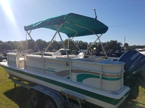 1997 HURRICANE 226 FISH AND FUN for sale