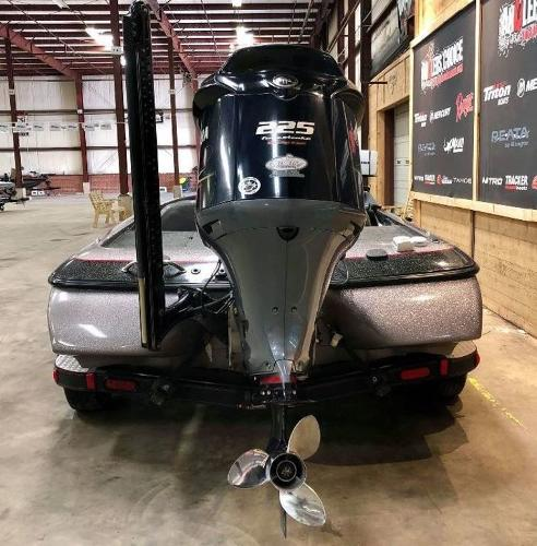 2011 Skeeter boat for sale, model of the boat is ZX 225 & Image # 5 of 10