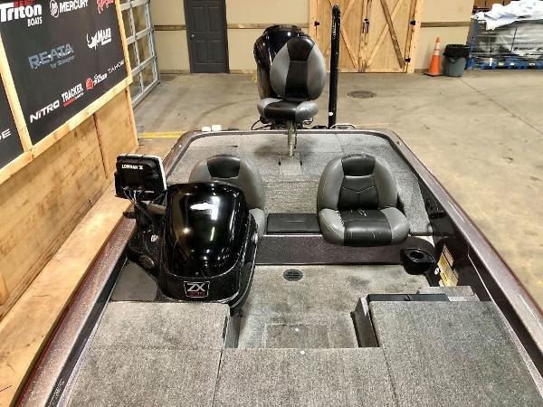 2011 Skeeter boat for sale, model of the boat is ZX 225 & Image # 8 of 10