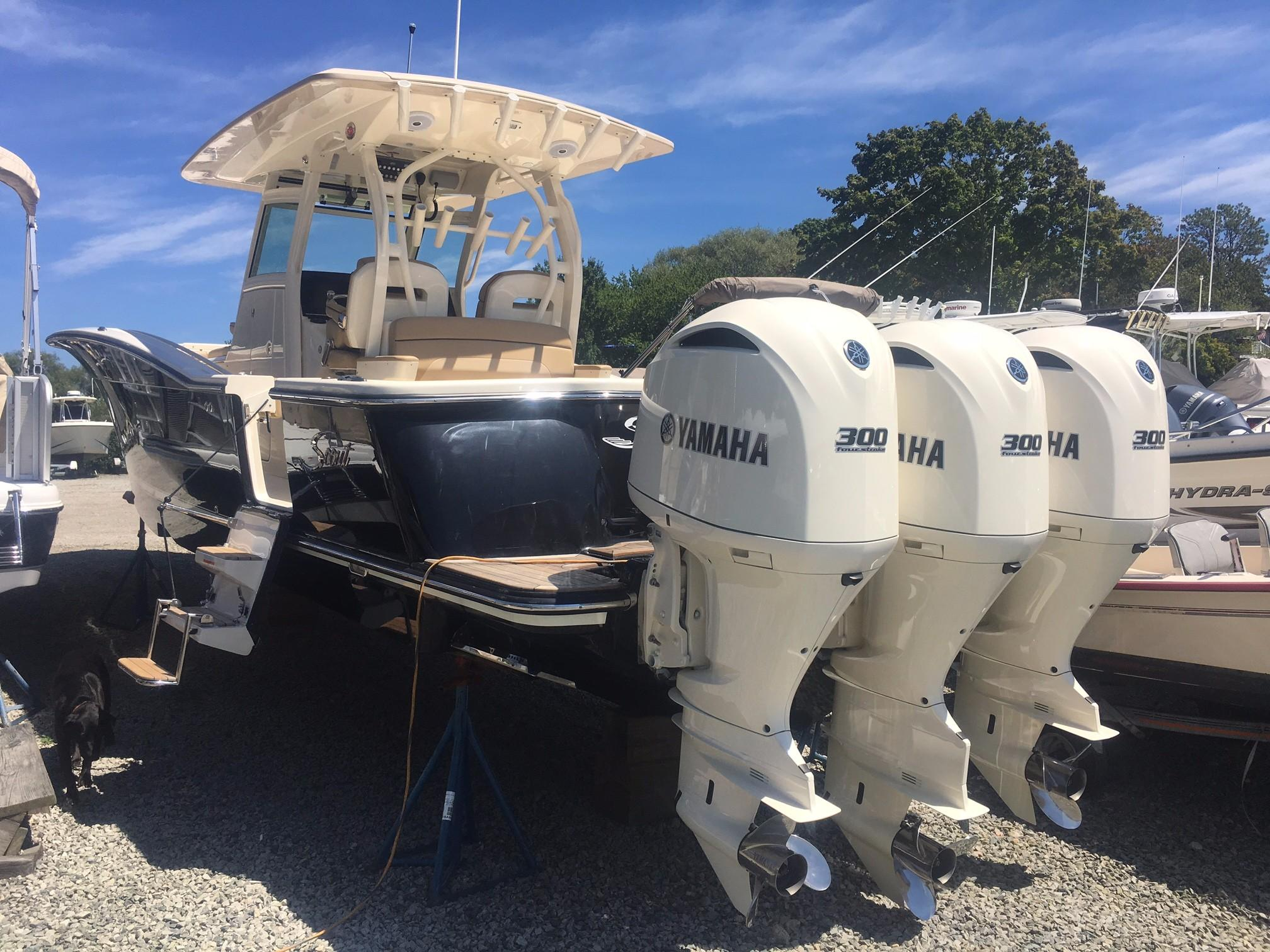 Scout Boats350 LXF