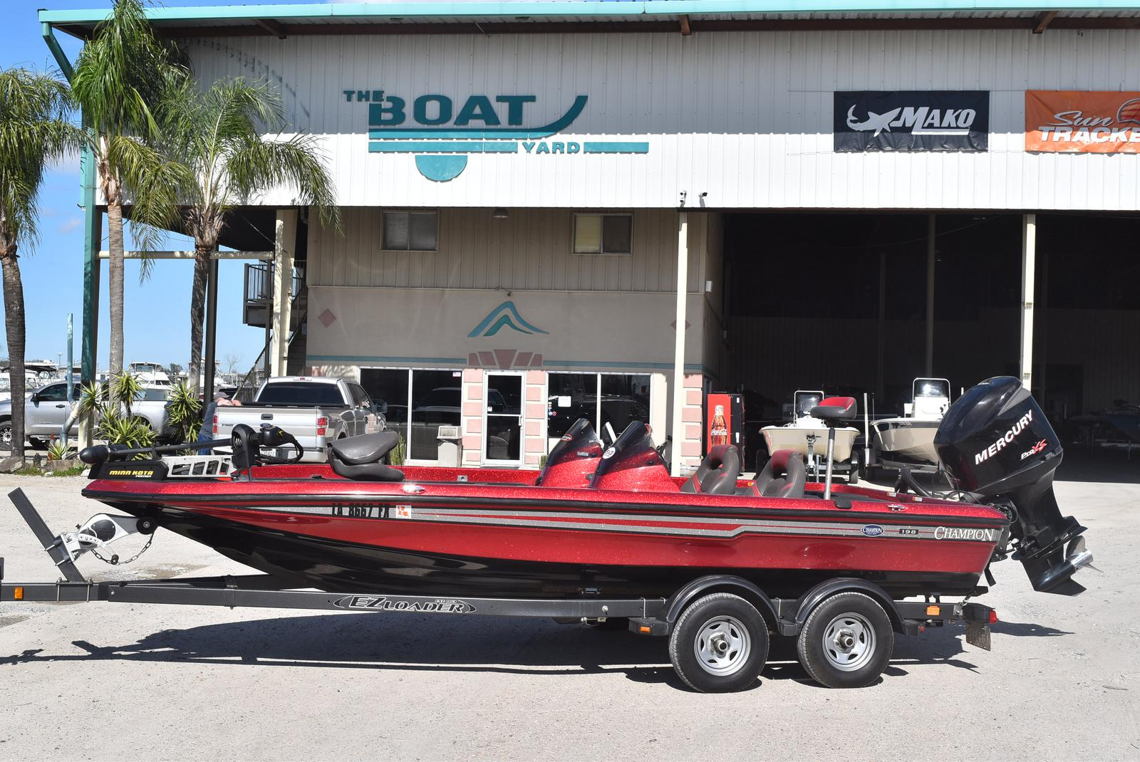 2006 Champion boat for sale, model of the boat is 198 DCX ELITE & Image # 1 of 20