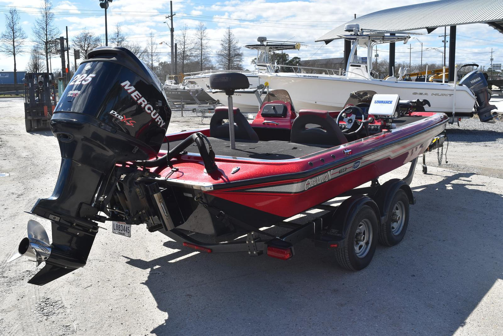 2006 Champion boat for sale, model of the boat is 198 DCX ELITE & Image # 17 of 20