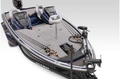2021 Nitro boat for sale, model of the boat is Z19 w/200L PXS4 & Image # 6 of 50
