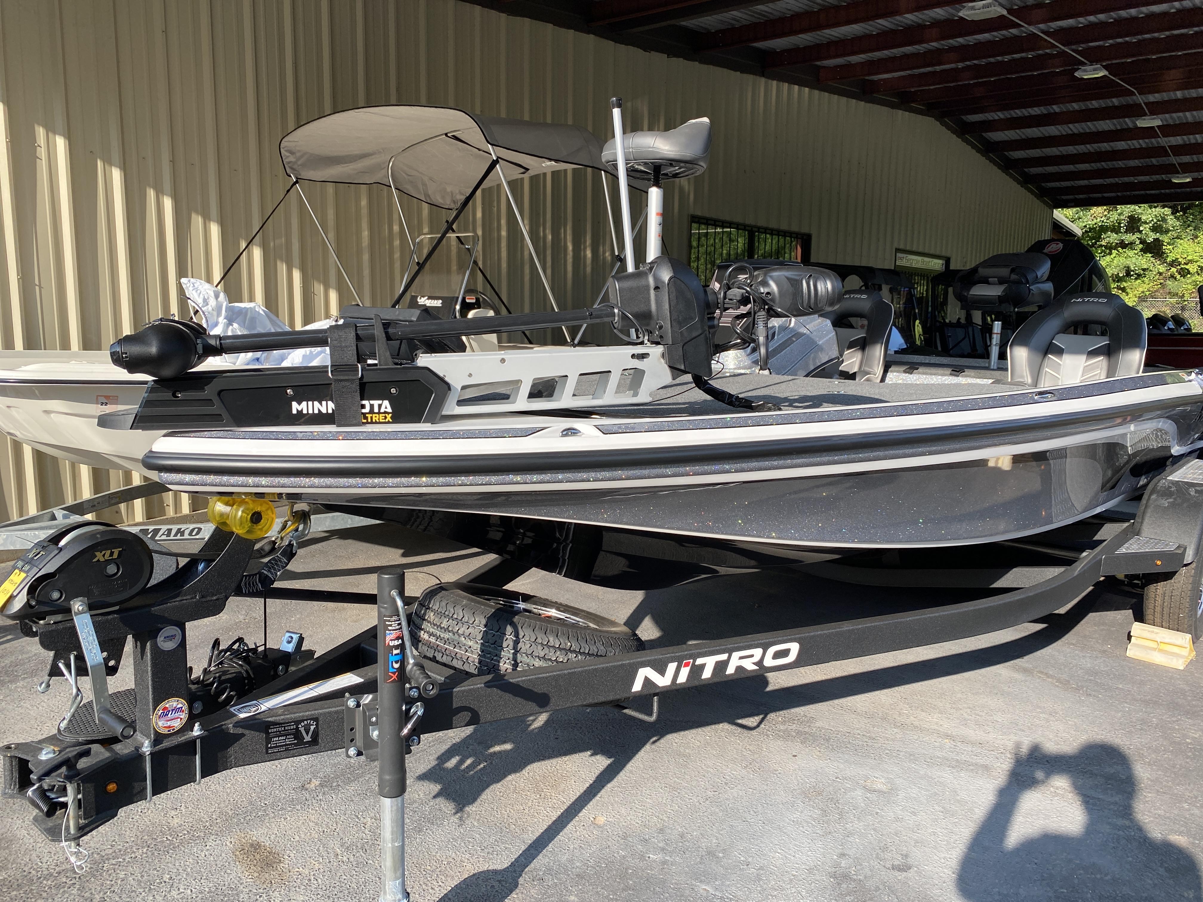 2021 Nitro boat for sale, model of the boat is Z19 w/200L PXS4 & Image # 13 of 50